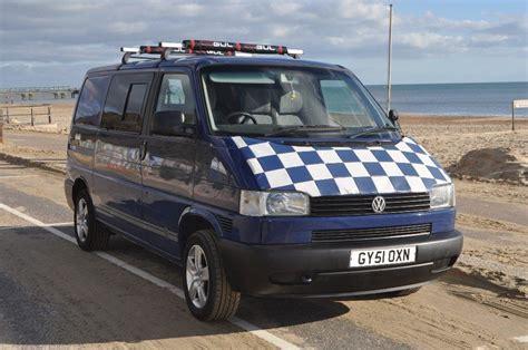 volkswagen vw transporter  petrol    brooklands books  uk sagin workshop car