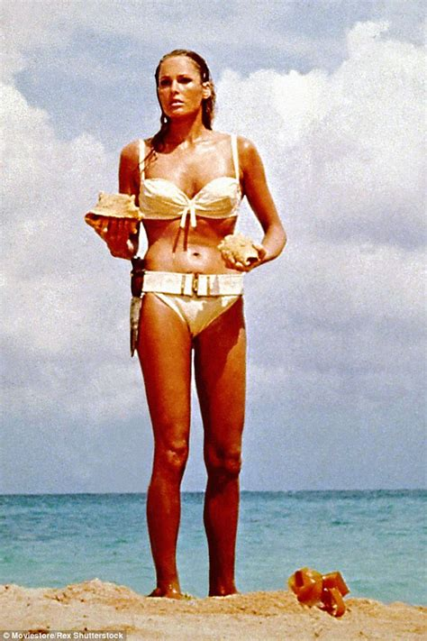 Feucht In Der Sauna by Vote For Your Favourite Bond Galore Honey