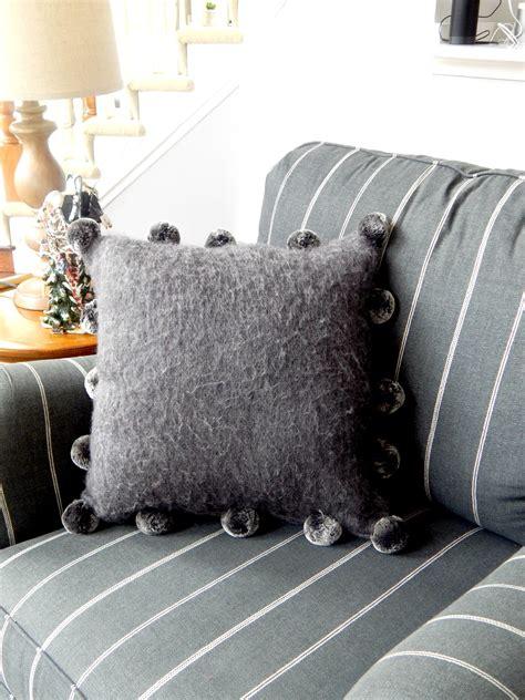 Tj Maxx Decorative Pillows by Tj Maxx Throw Pillows Nicholasconlon Me