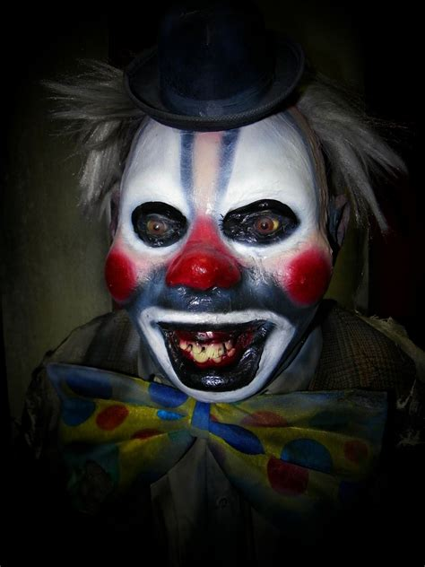 New Prop Previews For 2013 Creepy Clowns The Clowns Have