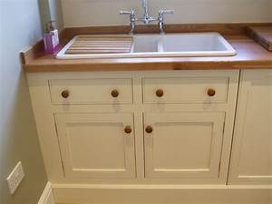Utility kitchen gallery in painted mdf - Thorne Woodworking