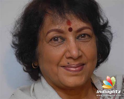 jayanthi actress interview sarojadevi award to jayanthi annual award from actress
