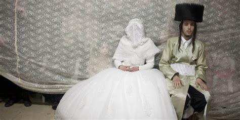 Jewish Wedding : 19 Stunning Pictures Of An Ultra-orthodox Jewish Wedding