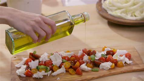 cuisine tv recettes vues à la tv salade de tomate à la mozzarella di buffala cuisine futée parents pressés zone vidéo télé