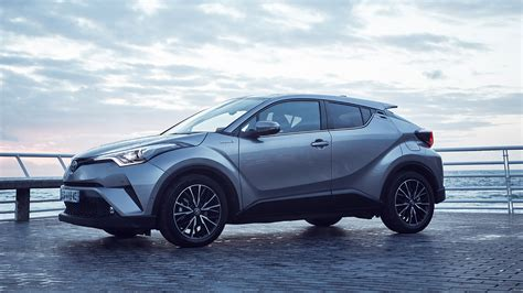 Toyota Chr Hybrid Photo by Toyota C Hr Hybrid 4 Reasons Why This Should Be Your