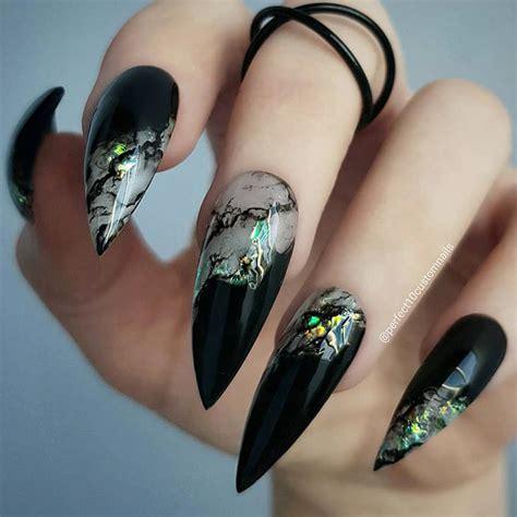 chic ideas  black stiletto nails
