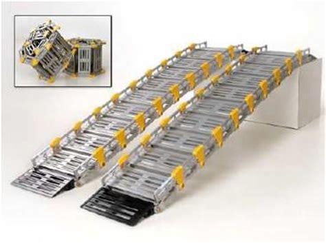 chaise monte escalier res d 39 acces pour fauteuils roulants tous les