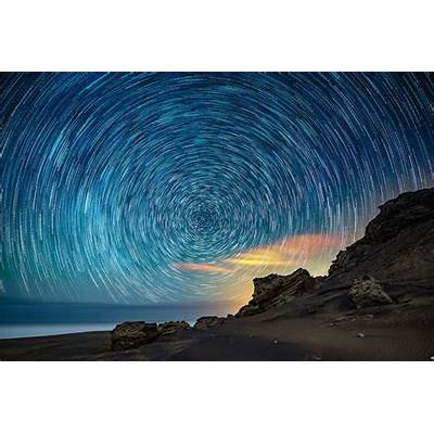 How to take jaw-dropping photographs of star trails