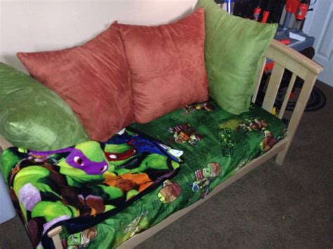 Turtle Toddler Bed by 17 Best Ideas About Bed Sheets On Rag Rug