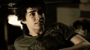 Robert Sheehan Hate GIF - Find & Share on GIPHY