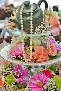 How to Make a Beautiful Tea Party Centerpiece
