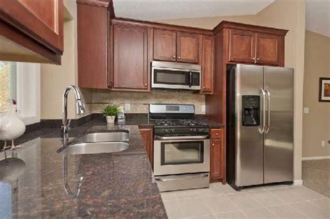 split level kitchen ideas split level kitchen remodeling ideas pictures bi level