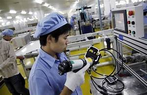 China's Caixin manufacturing PMI rises in June | Shanghai ...
