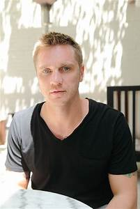 Devon Sawa Profile Biography Pictures News