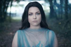 Evanescence's Amy Lee Awarded $1 Million For Legal Fees In ...