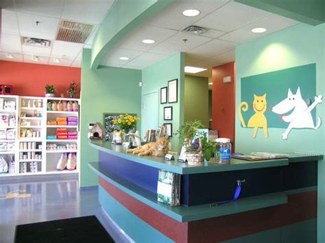The 25+ Best Ideas About Clinic Interior Design On Pinterest