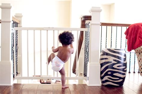 6 Tips On Choosing The Best Baby Gates For Your Home