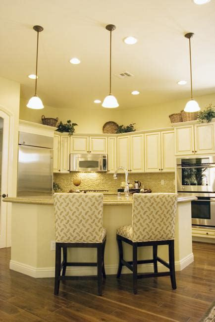 20 beautiful kitchens with white 20 beautiful kitchens with white cabinets and modern