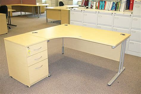 used cubicles saginaw valueofficefurniture exles of used office furniture we buy and sell