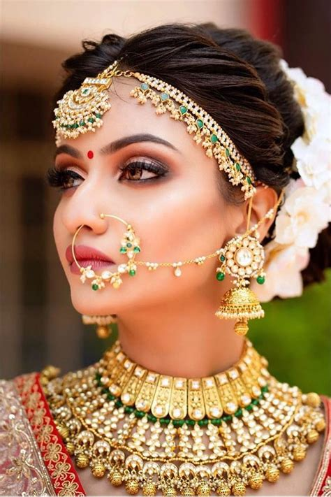 indian bride  traditional gold wedding jewellery bridal fashion jewelry gold wedding