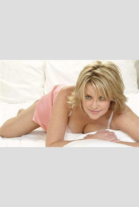 Johnny De Oliveira » Blog Archive » Fonds d'écran sexy d'Amanda Tapping alias Samantha Carter ...
