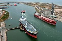 U.S. oil export boom sparks a battle to build Texas ports…