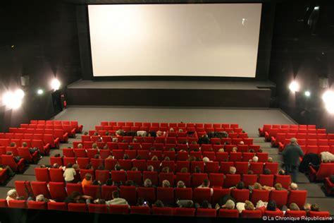 comment faire une salle de cinema construire une salle de cin 233 ma maison juste 224 vous pictures to pin on
