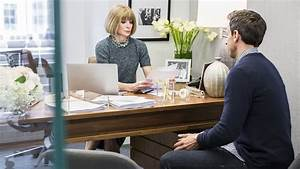 Anna Wintour brings laughs, tears to 'Late Night With Seth ...
