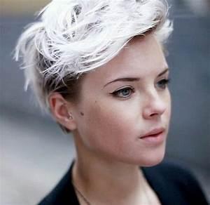 Grau Silber Haare : wei silber hellblond platinblond grau 16 der angesagtesten hellfarbigen ~ Frokenaadalensverden.com Haus und Dekorationen