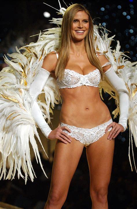 Heidi Klum Took The Runway In November 2001 At The