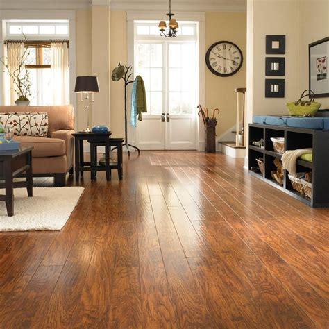 pergo xp highland hickory laminate flooring  sq ft
