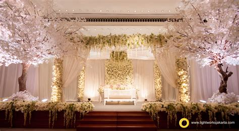 contrast but beautiful wedding decoration lightworks