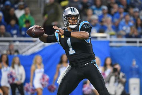 carolina panthers   play  game  inches
