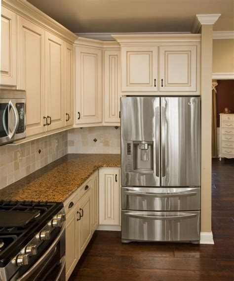 Restore Cabinet Finish - best 25 refinished kitchen cabinets ideas on