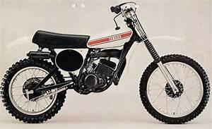 Fiche Technique 125 Yz : le guide vert cross 1976 les fiches techniques moto enduro trial et motocross ~ Gottalentnigeria.com Avis de Voitures