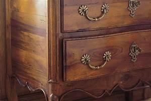 comment teinter ou patiner un meuble bois avec un effet With peut on vernir un meuble cire