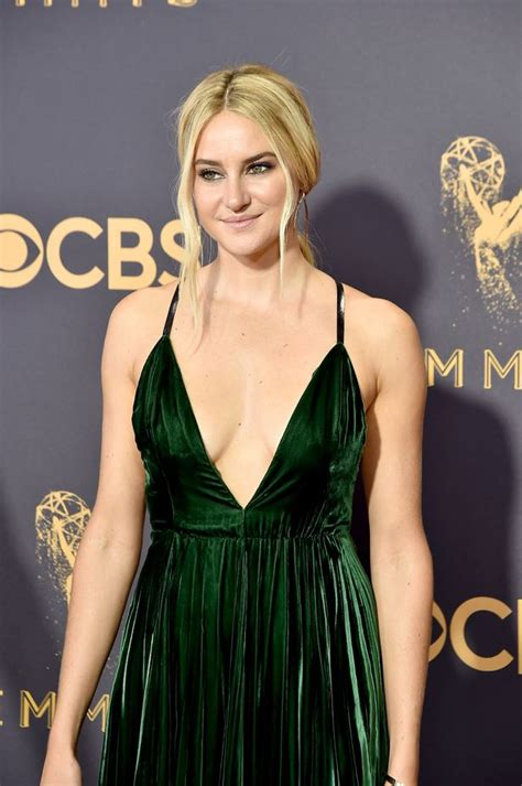 Heidi Klum Reopens Cleavage Gate The Emmy Awards