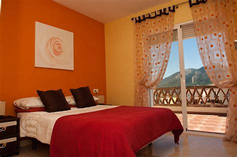 Decorating Ideas For Orange Bedroom by Orange Bedroom Design Interior Designing Ideas