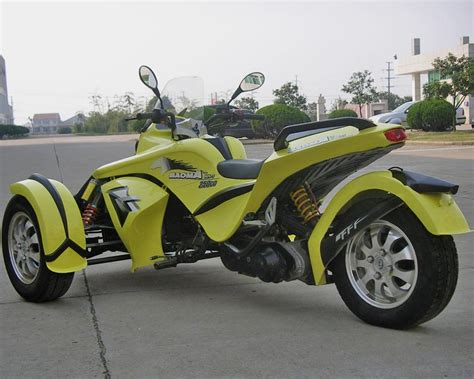 A Wild New Three Wheeled Motorcycle (wizbang Blue
