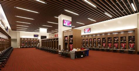 ep18 top 10 things you find in a pro sports locker room