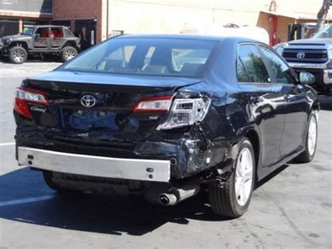 sell   toyota camry se damaged salvage repairable