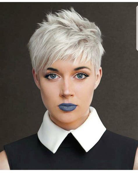 10 Easy Pixie Haircut Styles & Color Ideas 2020
