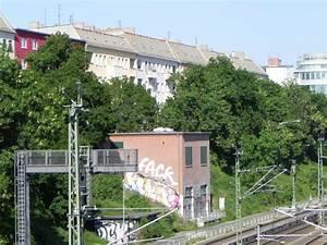 Schönhauser Allee 188 : d nenstra e berlin prenzlauer berg sch nhauser allee arnimplatz stra e platz ~ Eleganceandgraceweddings.com Haus und Dekorationen