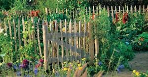 Schöner Sichtschutz Für Den Garten : holzzaun f r den garten mein sch ner garten ~ Sanjose-hotels-ca.com Haus und Dekorationen