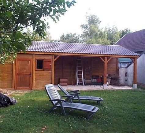 abri de jardin avec preau pajibe beton aspect bois