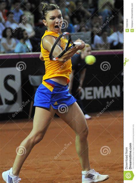 Australian Open 2018: Caroline Wozniacki vs Simona Halep live final scores, result