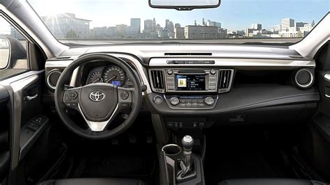 Interni Rav4 Nuovo Toyota Rav4 L Inventore Dei Suv Auto Novita