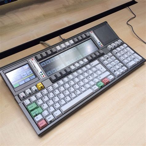 wey cool stock trading keyboard mechanicalkeyboards