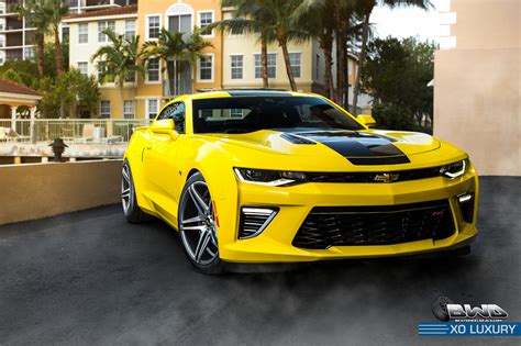 And Black Camaro by Yellow Camaro Ss With Black Stripe On Xo Luxury Wheels