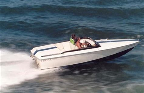 Donzi Boats Sweet 16 by Donzi Sweet 16 Offshoreonly